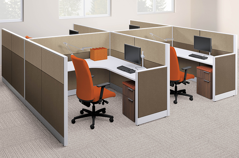 HON Accelerate low panel cubicles for easy collaboration.
