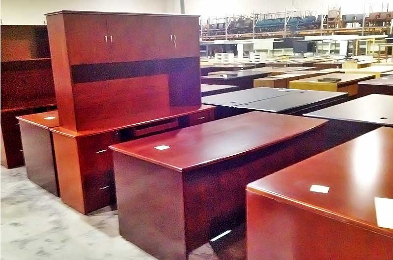Pre Owned Desks ficeMakers fice Furniture Stores