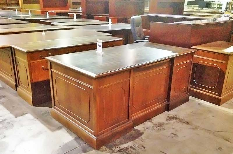 office furniture Pre-Owned Executive Desk